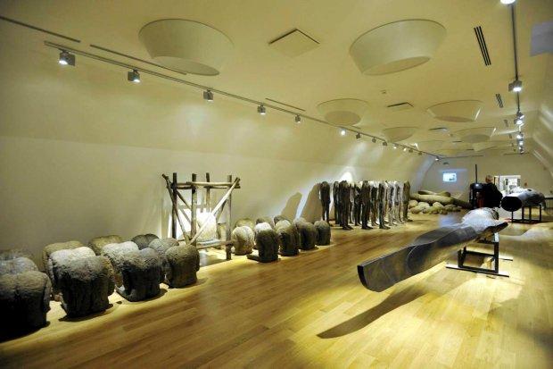 oświetlenie muzeum i galerii sztuki